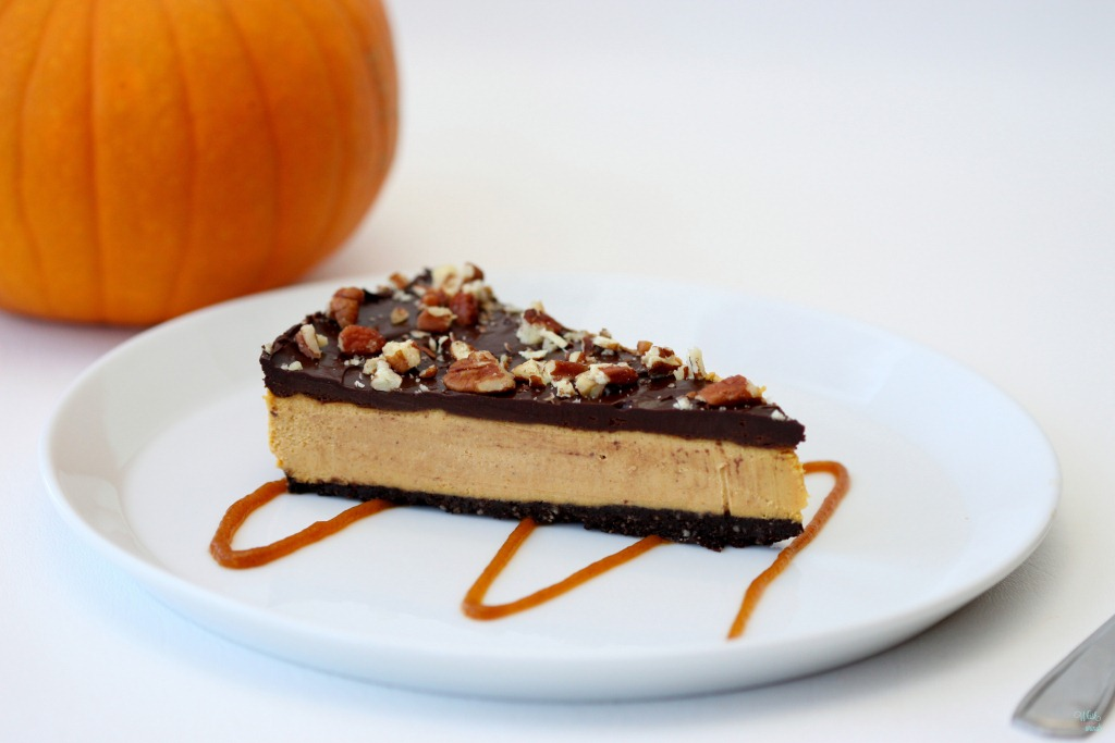 "Raw Chocolate Pumpkin ""Cheesecake"""