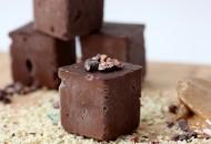 Cacao Protein Fudge Bites