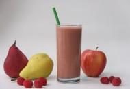 Apple Pear Raspberry Smoothie
