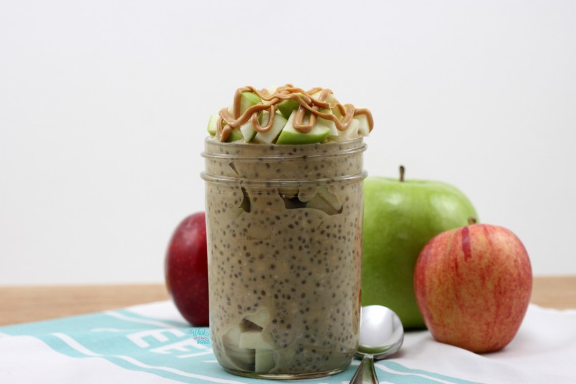 Apple Peanut Butter Overnight Oats -