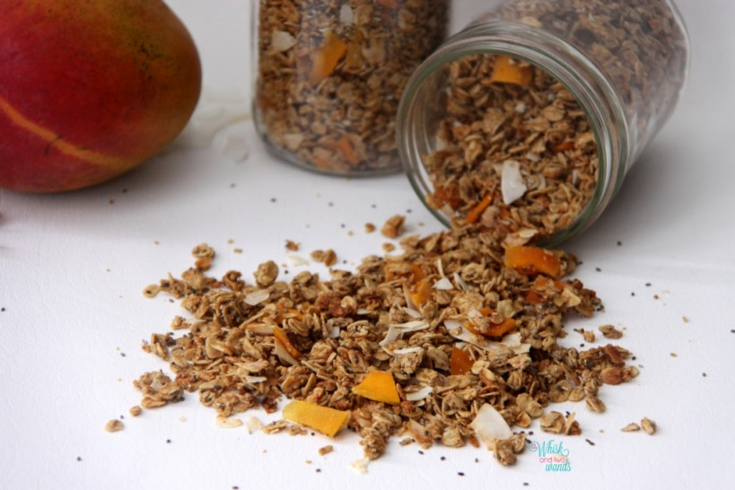 Mighty Mango Granola (with coconut flakes)