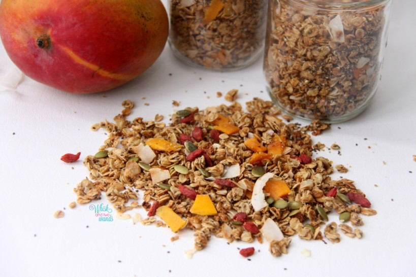 Mighty Mango Granola (with pumpkin seeds and goji berries)