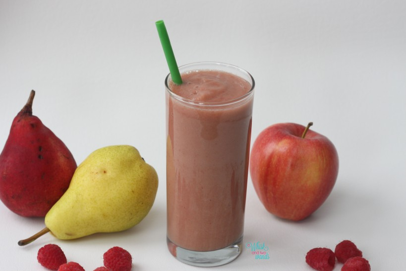 Apple Pear Raspberry Smoothie