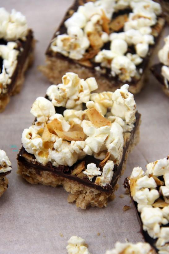 """Peanut Butter """"Bacon"""" Popcorn Bars"""