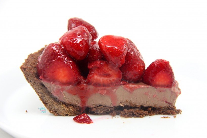 PB&J Strawberry Chocolate Peanut Butter Mousse Pie