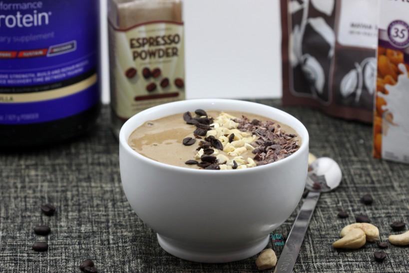 Nutty Espresso Smoothie Bowl, protein version