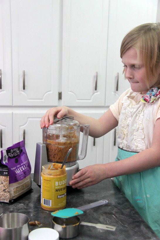 Making Peanut Butter Muesli Snack Bites