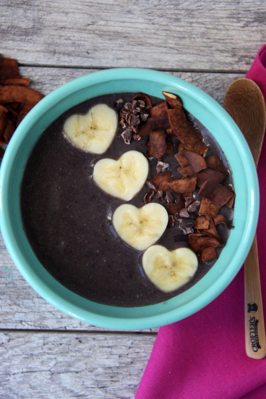 Acai Protein Smoothie Bowls - A Whisk and Two Wands