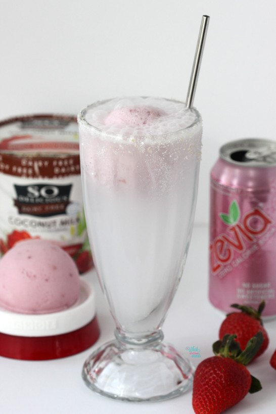 Poppin' Bubbles Float Strawberry Coconut Milk Ice Cream and Strawberry Soda