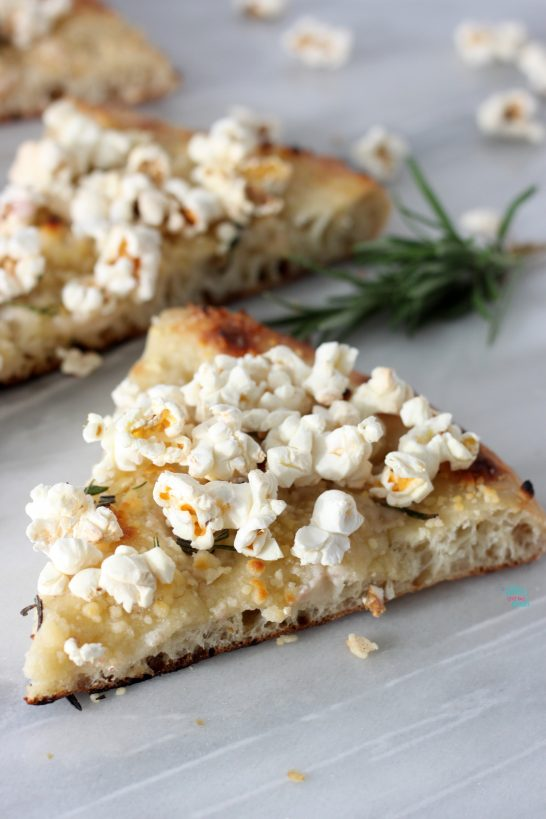 Parmesan Rosemary Popcorn Pizza (vegan)