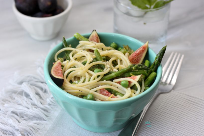Pasta with Asparagus and Figs, Peas!