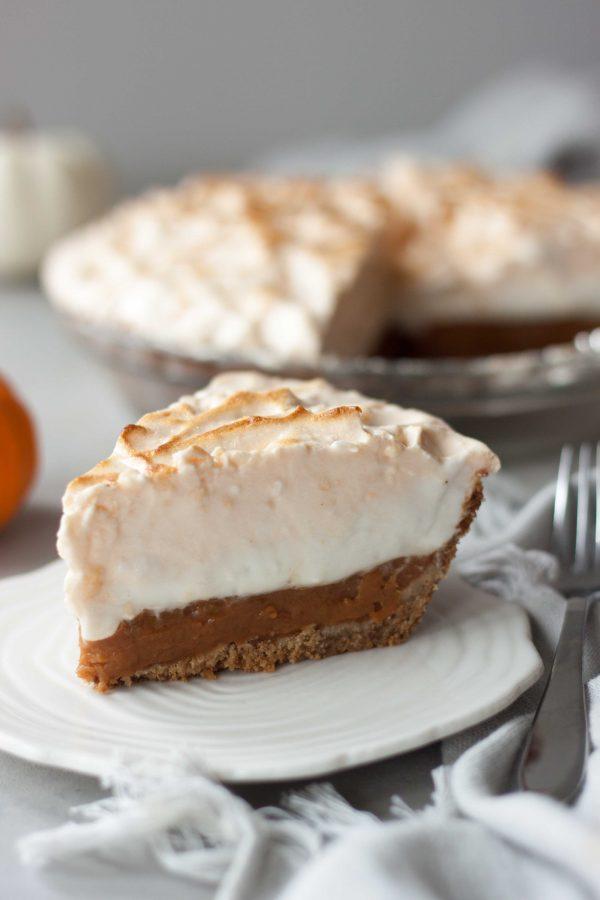 Vegan Marshmallow Meringue Pumpkin Pie