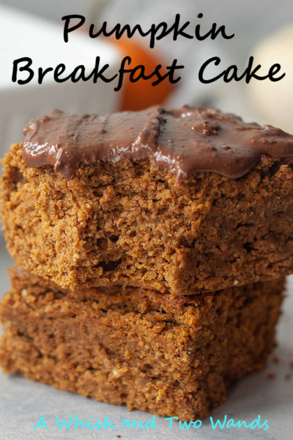 Pumpkin Breakfast Cake is basically baked oatmeal but fluffier and cake like. Same simple ingredients t only takes minutes to make, is great for meal prep, and is gluten free with a vegan friendly option.
