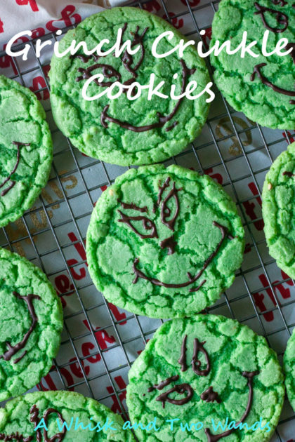 Grinch Crinkle Cookies are perfect for the 2020 holiday season, because no holiday season is complete without cookies!